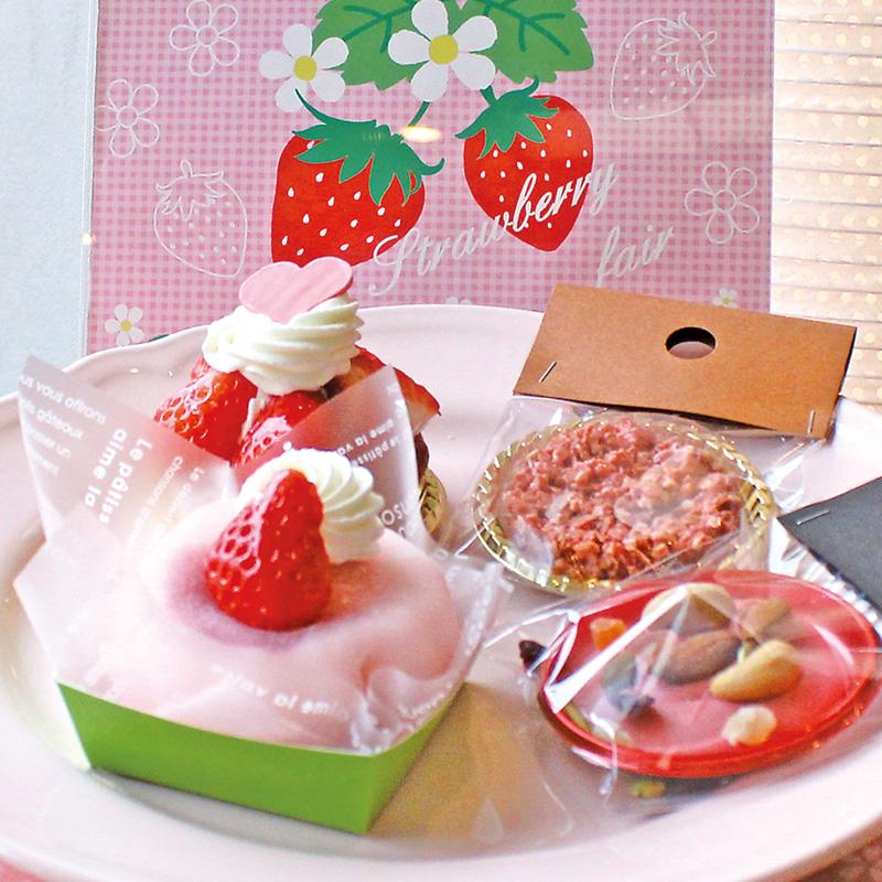 【期間限定】お餅de苺、フルーツの森